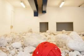 Salewa: l'installazione artistica di Hubert Kostner realizzata con 1600 metri di corda d'arrampicata