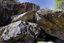 """Nuova linea Boulder """"Rock Slave"""" di Ferrino"""