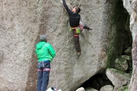 Andrea Ratti sale Spirit Walker in val Masino