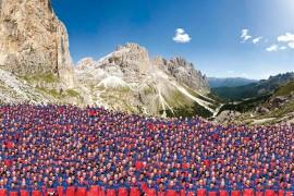 Salewa: una linea d'abbigliamento sviluppata sulle specifiche esigenze del Soccorso Alpino dell'Alto Adige