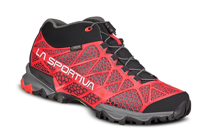 Hiking: la calzatura Synthesis premiata con l'editor choice award