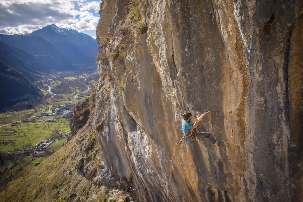 Silvio Reffo climbing Noia 8c+ at Andonno © Alberto Orlandi