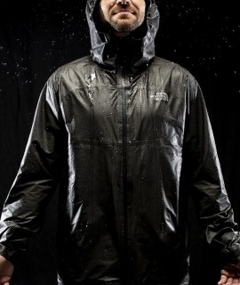 The North Face HyperAir GTX Jacket: la nuova frontiera dell'impermeabilità