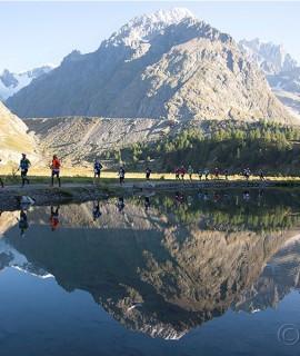 SCARPA e il suo team di atleti dritti al cuore dell'Alpine Running in occasione del prestigioso evento ai piedi del Monte Bianco © Anna Piunova