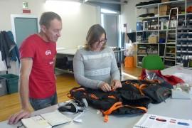 L'alpinista Denis Urubko in visitata alla sede di C.A.M.P. a Premana.