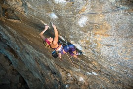 L'americana Sasha DiGiulian nell'International Climbing Team La Sportiva