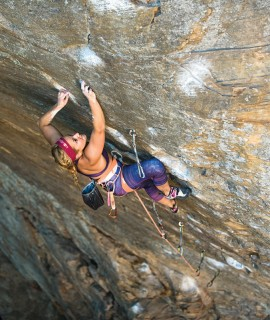 L'americana Sasha DiGiulian nell'International Climbing Team La Sportiva