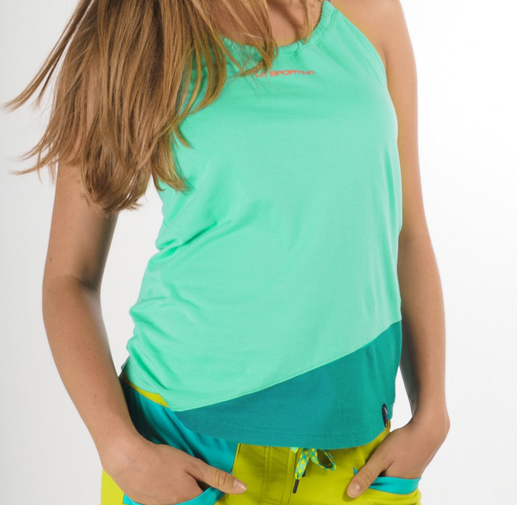 La Sportiva Class Tank - top lifestyle con colletto regolabile e pensato per le forme femminili.
