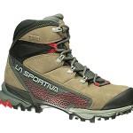La Sportiva Nucleo GTX Surround, uno scarpone da trekking ed escursionismo veloce in membrana Gore-Tex Surround.