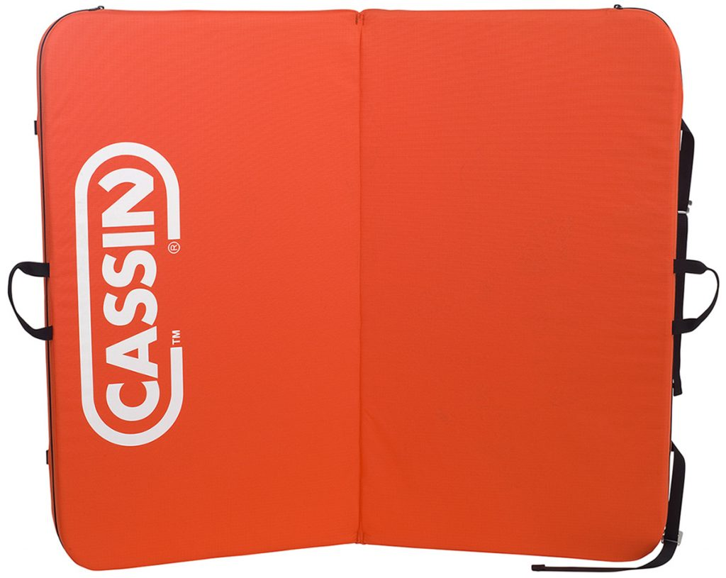 The Minidò crash pad by Cassin.