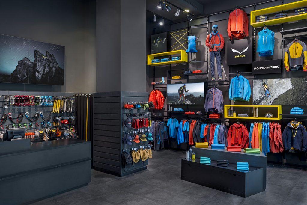 I nuovi negozi a Orio al Serio e Padova adottano il format comune ai Salewa Store in tutta Europa