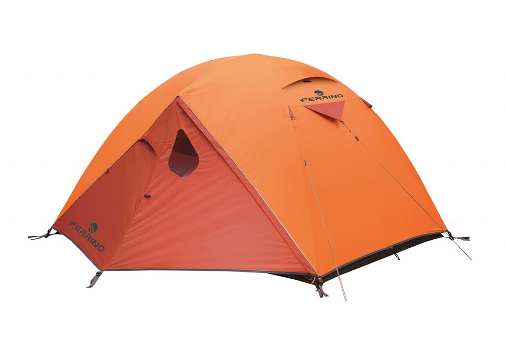Lhotse 3 by Ferrino is a lightweight and robust 4-season tent for mountaineering and trekking, ideal for those needing a roomy, light and sturdy shelter.