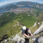 Summer is a great season for via ferrata enthusiasts…but pay attention: on equipped paths it's essential to use helmet, harness, and specific via ferrata lanyard