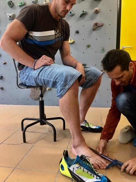 """""""Preparare un paio di scarpe di lunghezza paria a 35 centimetri non è stato semplice – assicura Matteo Iellici, responsabile R&D dell'azienda"""