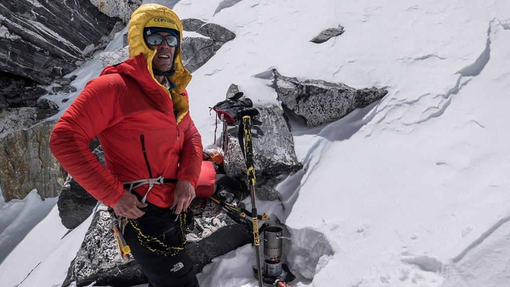 Torna la collezione Summit Series di The North Face. Qui ad indossarla Hervé Barmasse