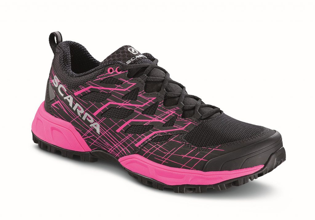 The midsole design of this lightweight trail running shoe allows a dynamic step from the heel to the toe and the Vibram® Megagrip outsole is suitable for any terrain both wet and dry.