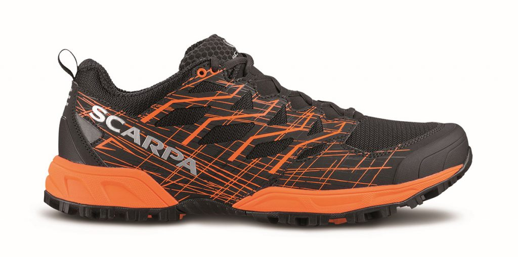 Neutron 2: thanks to its lightness and innovative upper design, this trail running shoe is perfect for fast pace running without cushioning and protection compromises.