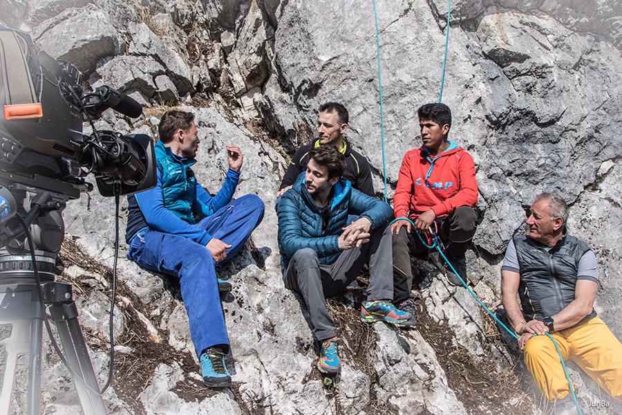 Linea Bianca di RAI 1 con CAMP: Massimiliano Ossini, Stefano Ghisolifi, Adriano Selva, Ronald Choque e Lino Zani Fotografia di Juri Baruffaldi