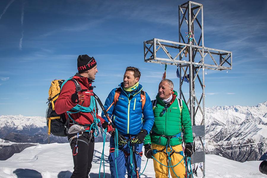 Il 24 marzo alle 14:00 su Rai 1 il programma Linea Bianca condotto da Massimiliano Ossini e Giulia Capocchi va alla scoperta di C.A.M.P. e delle sue montagne