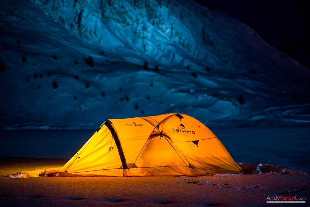 Ferrino worked with Alban to study a tailor-made tent for the expedition, resistant and suited to the extreme climatic conditions of the northern glaciers and to the particular needs of the research. © Andy Parant