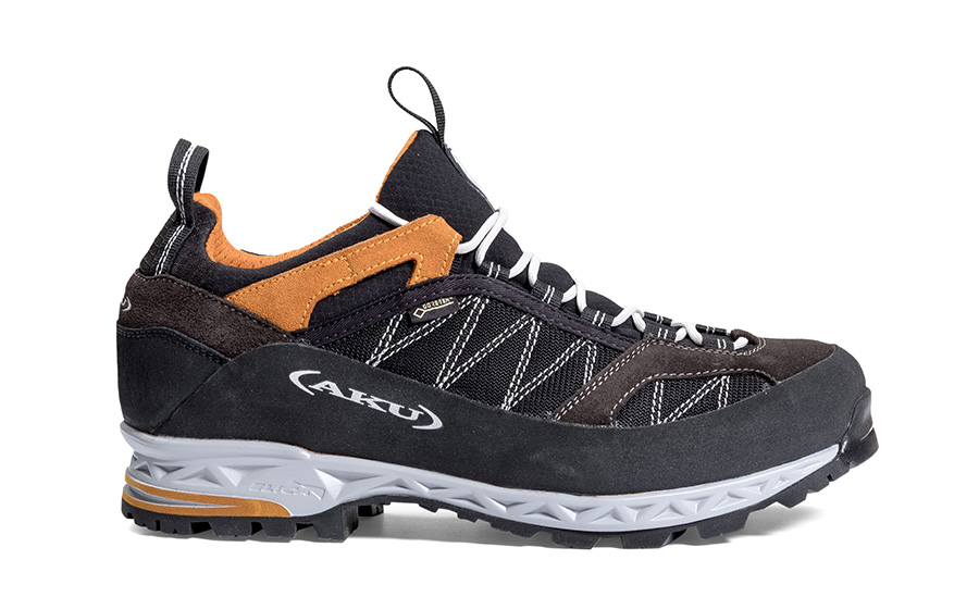 Trekking boots Tengu Low GTX by AKU suitable for a mix of surfaces.