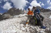 La bella stagione è alle porte e la linea di calzature per la montagna Approach di Dolomite si presenta al grande pubblico con la New Entry Croda Rossa.