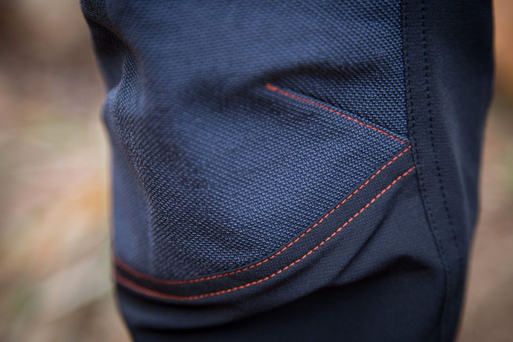 Elgon pants:Reinforced knees and abrasion-proof inside leg