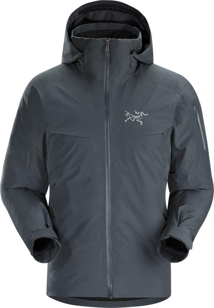 Giacca da sci e snowboard Macai Jacket di Arcteryx, in Goretex, impermeabile e con imbottitura in piumino per le vostre giornate sugli sci.