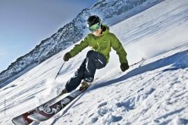 Salewa: l'intimo per lo sci non è solo leggero e antibatterico ma anche isolante