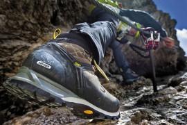 Salewa: scarpe e attrezzatura per escursioni autunnali comode e sicure