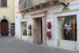 Il remake del Salewa Store di Arco in vista dei mondiali di arrampicata