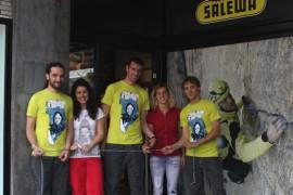 Salewa store Bergamo: l'inaugurazione con la climber Angelika Rainer e il management aziendale