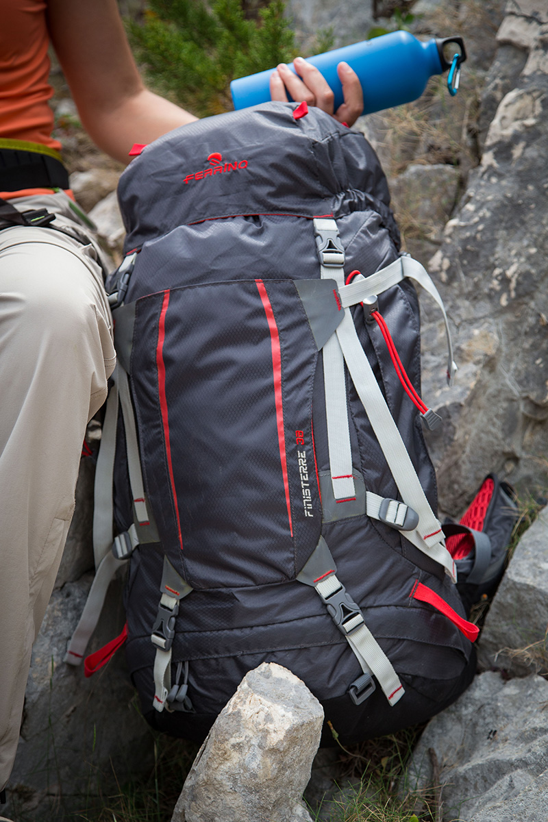 05fc043d8c Ferrino Finisterre, ideal backpack for hiking - Expo Planetmountain ...