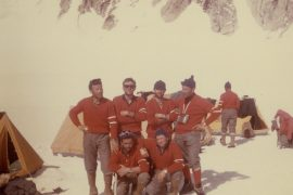 The six members of 1961 Denali expedition at the base camp (ph. Ragni di Lecco)