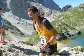 """Il 6 volte campione mondiale di corsa in montagna Jonathan Wyatt entra nel team di sviluppo prodotto di La Sportiva. Wyatt: """"qui le idee corrono veloci""""."""