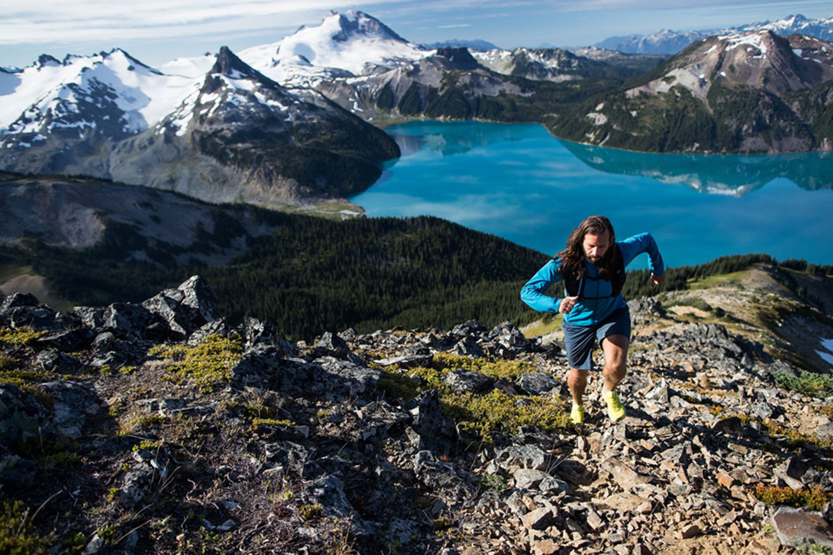Long Distance mountain running with Arc'teryx Norvan LD Shoe and Norvan Hydration Vest