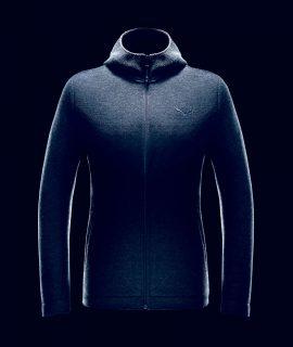 A Bolzano, il marchio tecnico di montagna Salewa rinnova la tradizione della giacca Sarner. Per le proprie giacche da escursione ha scelto questa caratteristica lavorazione a maglia fitta utilizzando solo lana riciclata