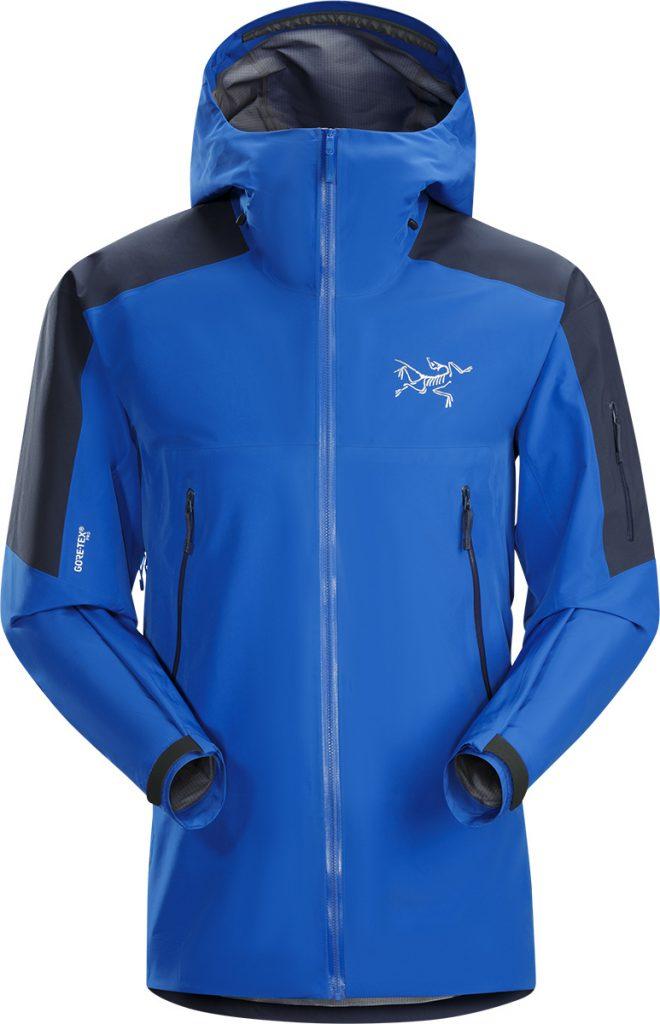 La giacca Rush LT Jacket garantisce protezione ottimale nelle diverse condizioni meteo, libertà di movimento e termoregolazione nelle lunghe giornate di scialpinismo, mantenendo un look che attinge all'anima più pura dello sci.