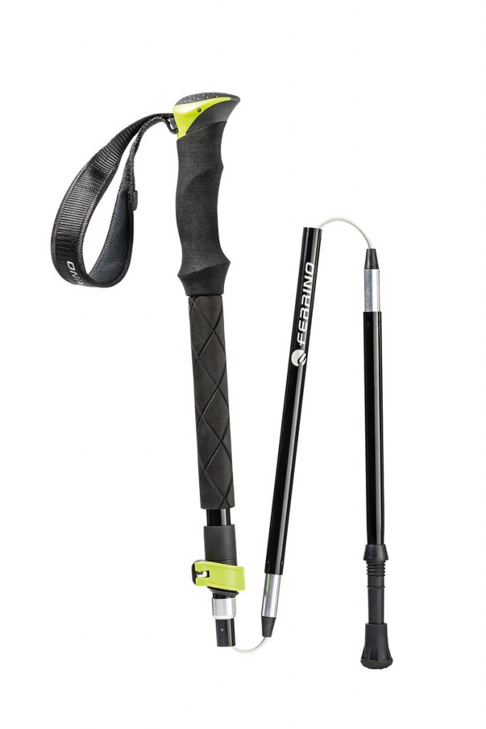 Telescopic and foldaway trekking poles Spantik by Ferrino with 5 telescopic sections that adjust from 110 to 125 cm. Weight 590 g