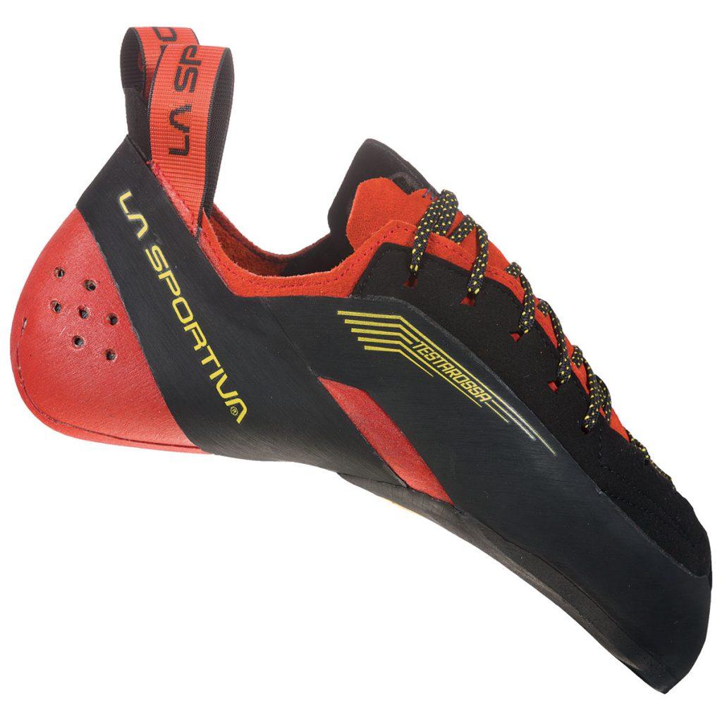 Scarpette da arrampicata Testarossa de La Sportiva, un reboot estetico del celebre modello avvolgente e performante per eccellenza