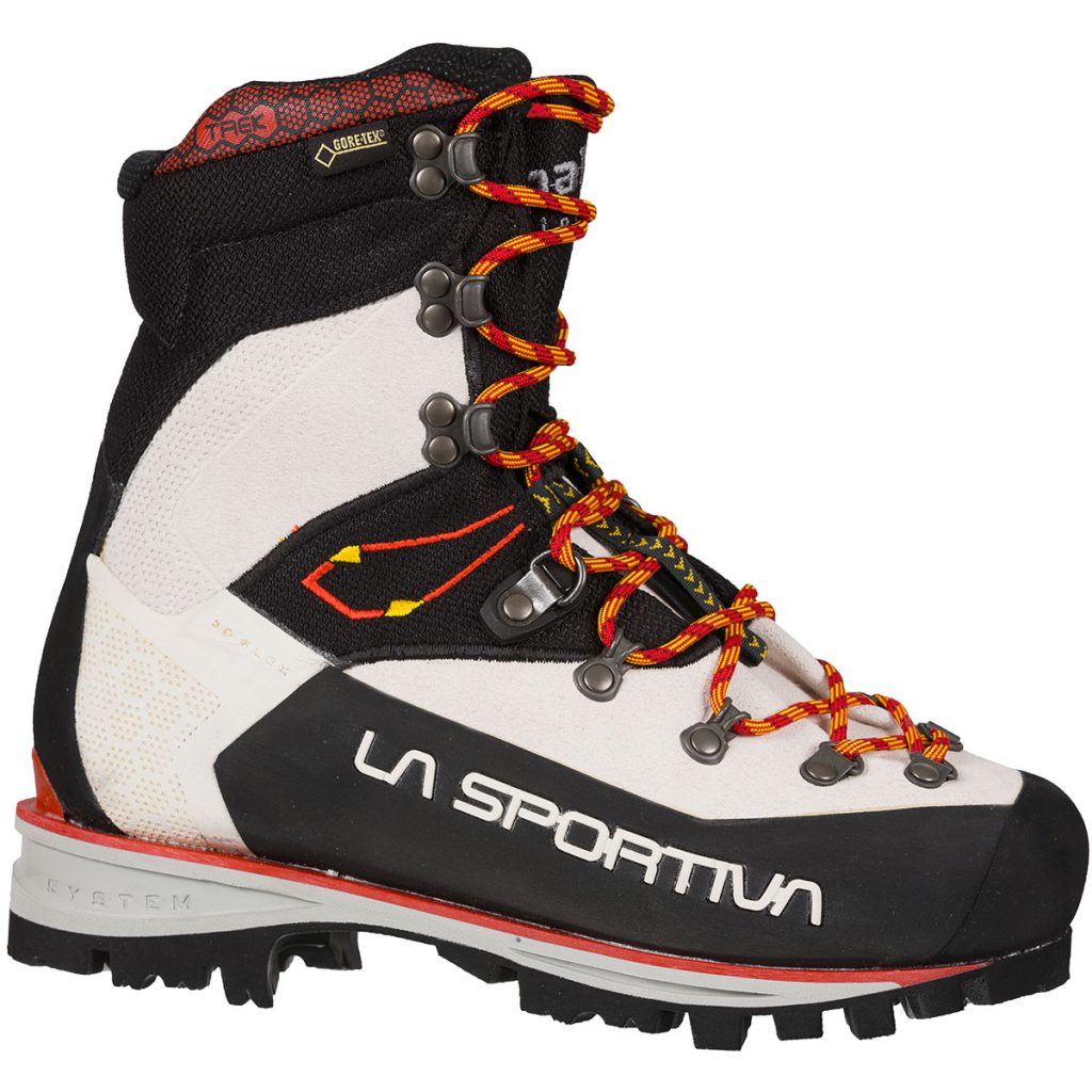 Mountaineering boots Nepal Trek Evo by La Sportiva for traditional mountaineering and demanding trekking. Waterproof Gore-Tex lining and Vibram sole.