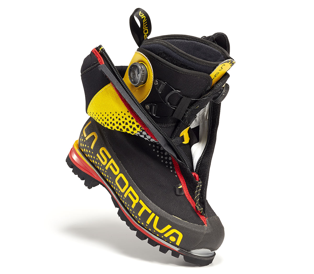 The La Sportiva G2 SM Boa Fit mountaineering boots: the Boa Fit System was built for mountaineering as if our lives depended on it – delivering superior heel hold and stability, secure comfort, and effortless precision in bitter, biting conditions.