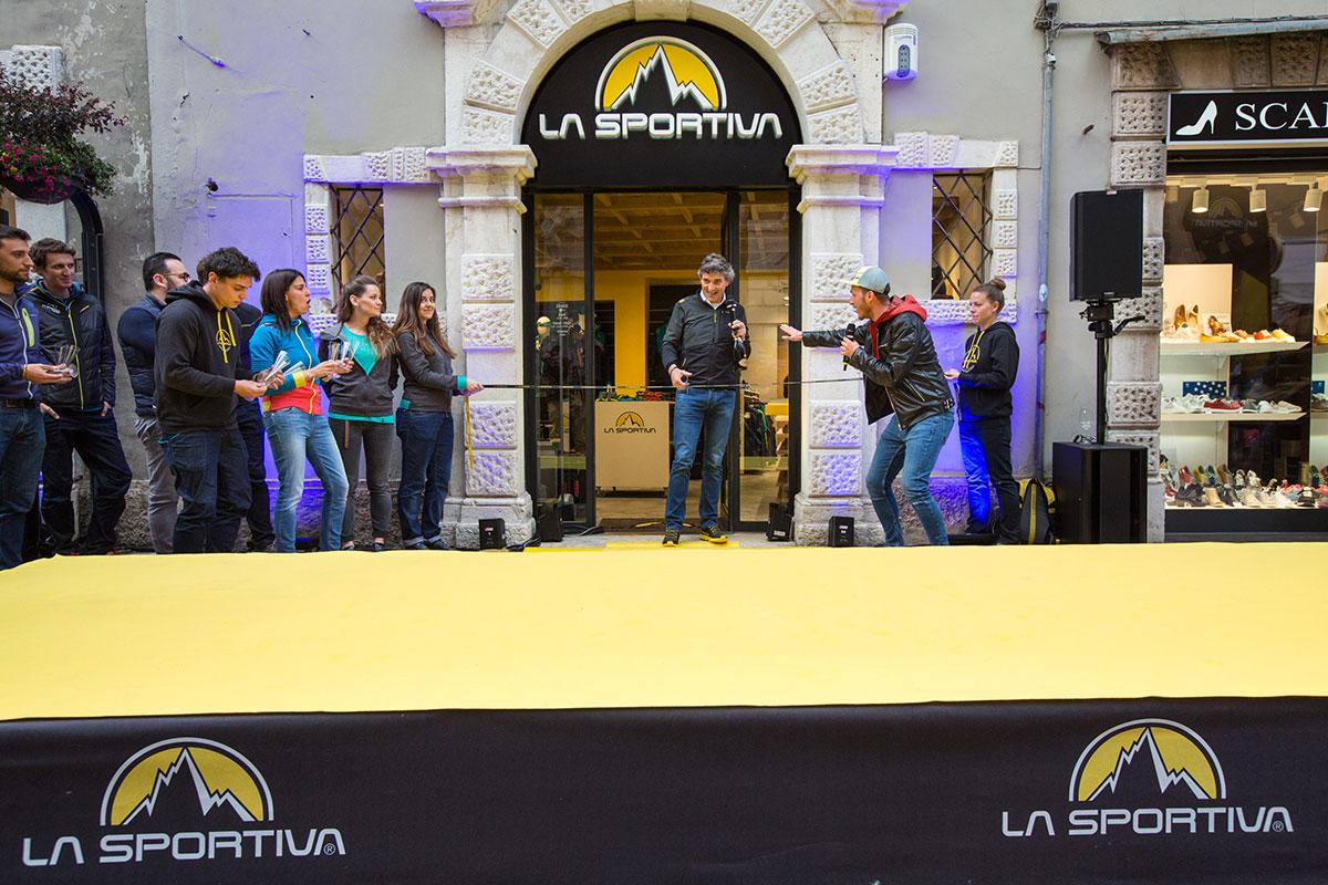 Negozio La Sportiva: inaugurato il brand store di Trento, il primo negozio cittadino del brand Trentino in occasione dell'international sales meeting.