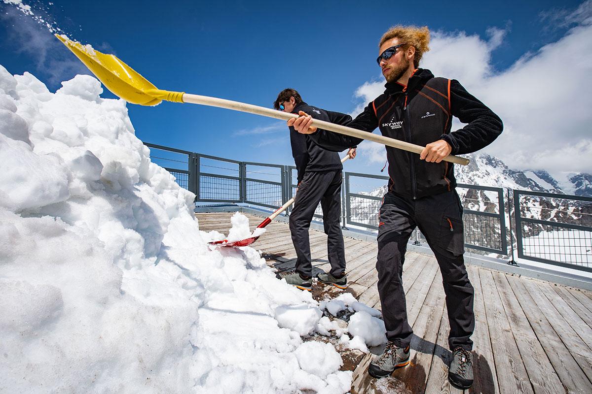 Dolomite arriva al punto più alto d'Italia: inizia l'importante collaborazione tra Skyway Monte Bianco e l'antico brand di calzature da montagna.