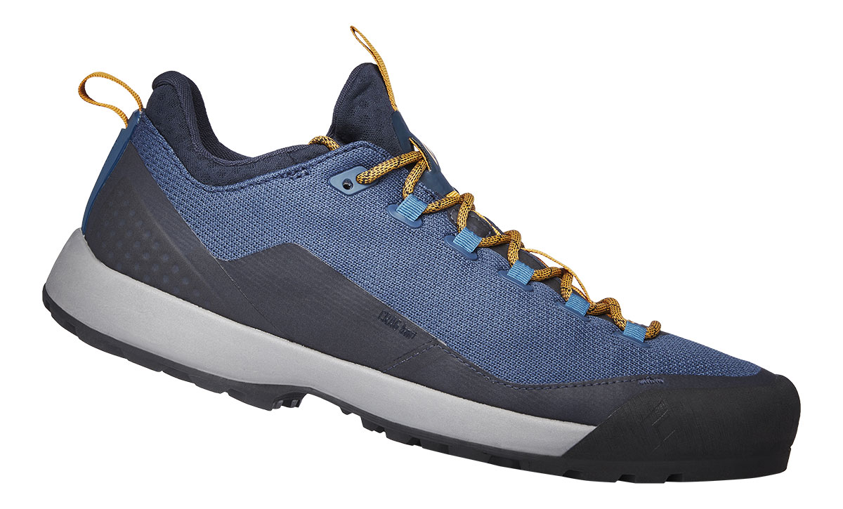 The Black Diamond approach shoe Mission LT: lightweight, with super sticky Black Diamond BlackLabel-Mountain Rubber, provides durable, all-day comfort