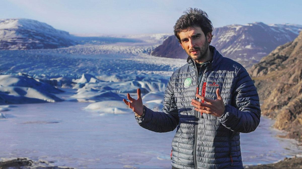 Progetto SEVA nasce da un'idea di Simone Mazzini e Stefano Tiozzo, noto youtuber, documentarista e fotografo. I