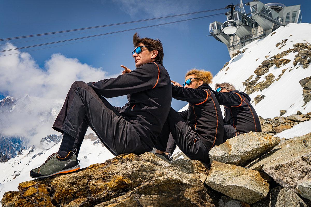 Dolomite arriva al punto più alto d'Italia: inizia l'importante collaborazione tra Skyway Monte Bianco e l'antico brand di calzature da montagna. Da questa stagione estiva 2019 e per i prossimi 2 anni, Dolomite sarà fornitore ufficiale delle calzature per tutti gli addetti e i collaboratori della funivia Skyway Monte Bianco.