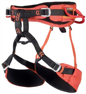 CAMP Jasper CR4 La Jasper CR4 è l'imbragatura d'arrampicata per le grandi pareti. Comodità e resistenza sono garantite dalla cintura più larga rispetto alle normali imbragature da arrampicata