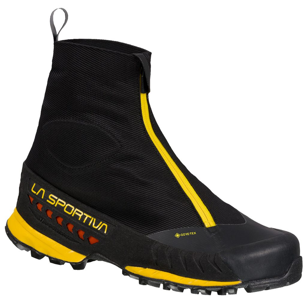 Technical winter approach shoes with protective gaiter La Sportiva TX Top GTX.