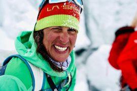 L'alpinista altoatesina Tamara Lunger, reduce dal recente tentativo di concatenamento di Gasherbrum Ie Gasherbrum II firma come nuova atleta total-look La Sportiva